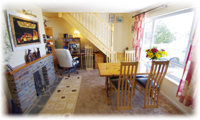 The Breakfast Room - with free broadband Internet access